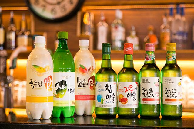 マッコリや韓国焼酎も種類豊富。