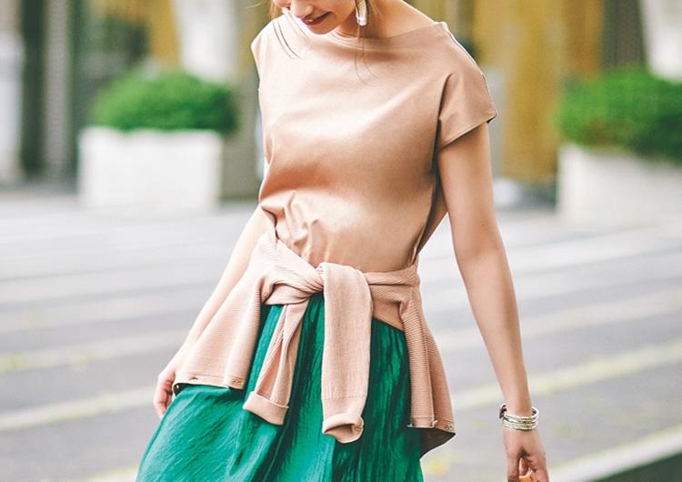ロングスカートには腰巻きカーデが素敵♡アースカラーをサラッと着こなす最旬コーデ