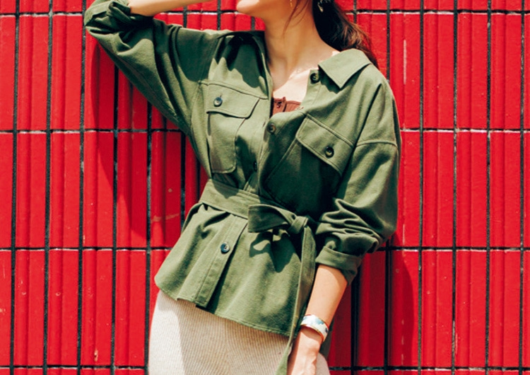 普段使いにぴったりなベルト付きシャツジャケット♡ニットのパンツで女らしいコーデ