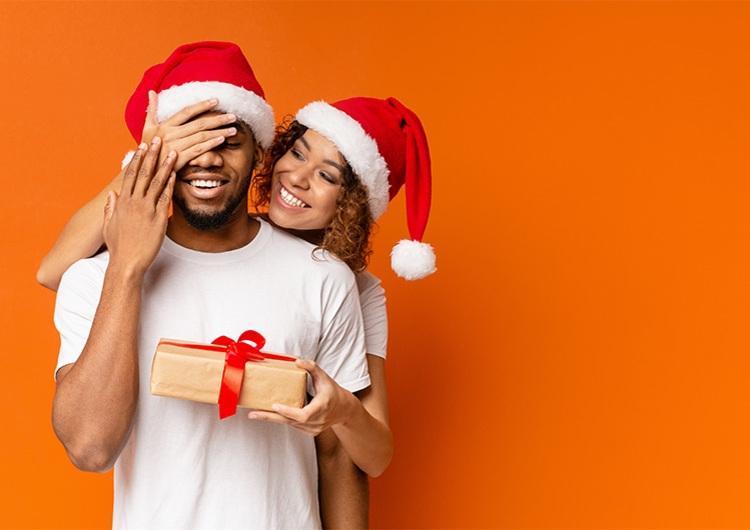 アラサー男子がクリスマスに欲しいモノ大調査♡まだ決めてない人必見プレゼント特集