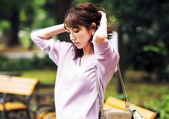 【毎日コーデ】ユニクロ定番プリーツスカートが進化!同系色で今年っぽくグラデコーデ
