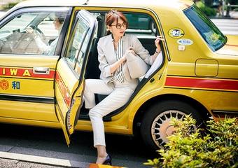 ユニクロの白デニムパンツは超優秀!清潔&きちんと見えな通勤着回しコーデ