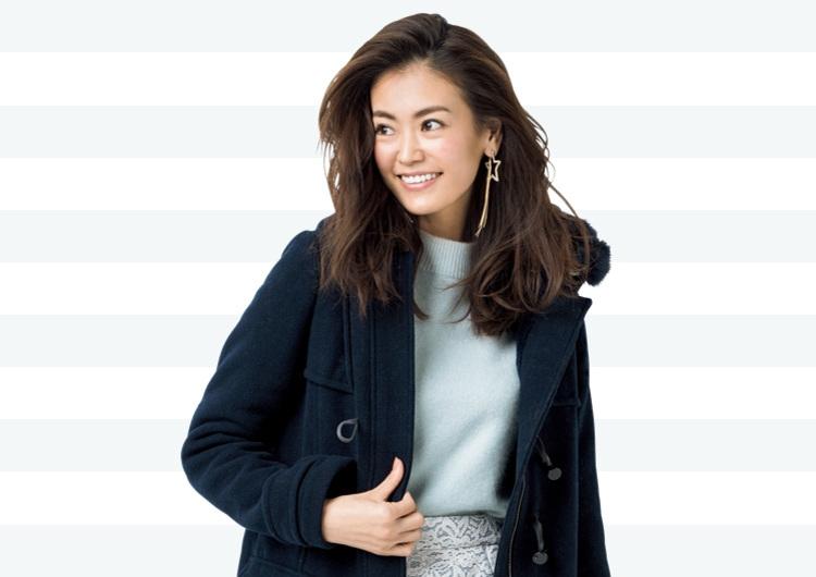 【毎日コーデ】ダッフルコートに寒色をプラス。爽やかな好印象のデートコーデ