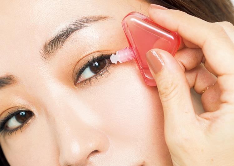 モテの処方箋。目薬はシーンや目的で使い分け♡うるうる瞳が恋に効く用途別目薬6選