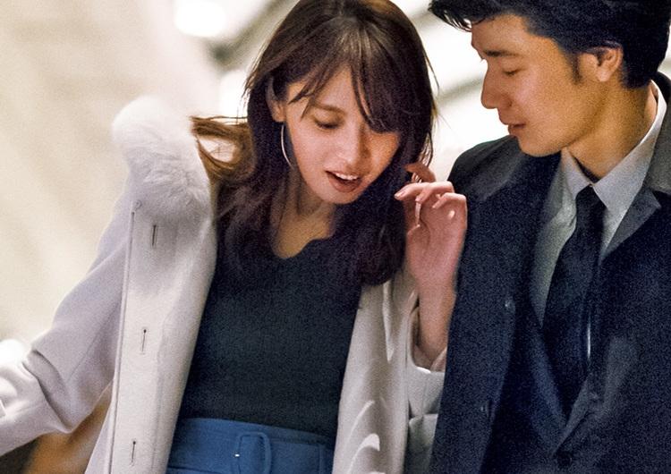 女らしい上品さ漂うスエード風フレアスカート着回し術♡モテにモテる通勤コーデ3選