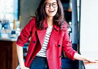 女っぷりがアガる赤♡タイトなデニムと細めのボーダーで作る、春のトレンチコーデ