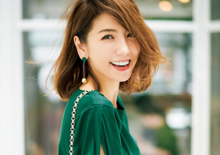 秋のトレンドカラー〝深め〟グリーン♡カーキ感覚で着こなす大人可愛いコーデ7選