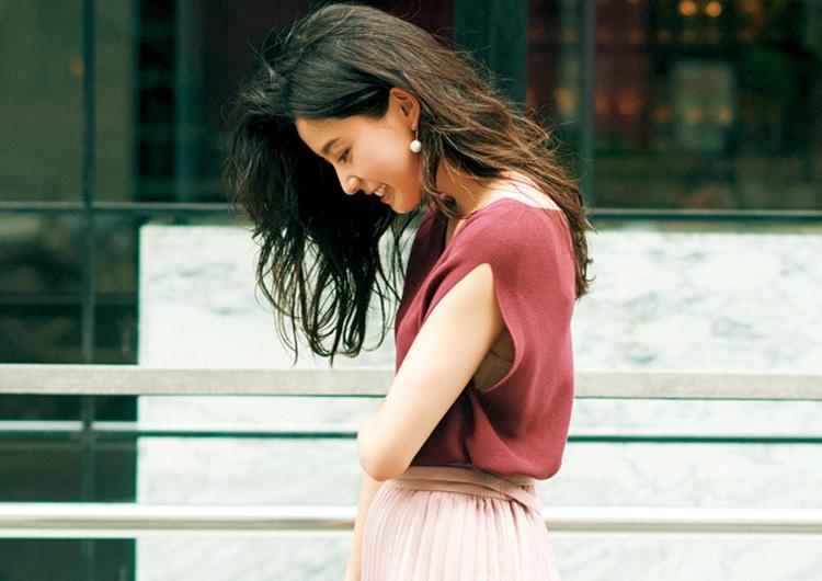 最新くすみピンクの着こなし術♡ニット×プリーツでメリハリつけたワントーンコーデ