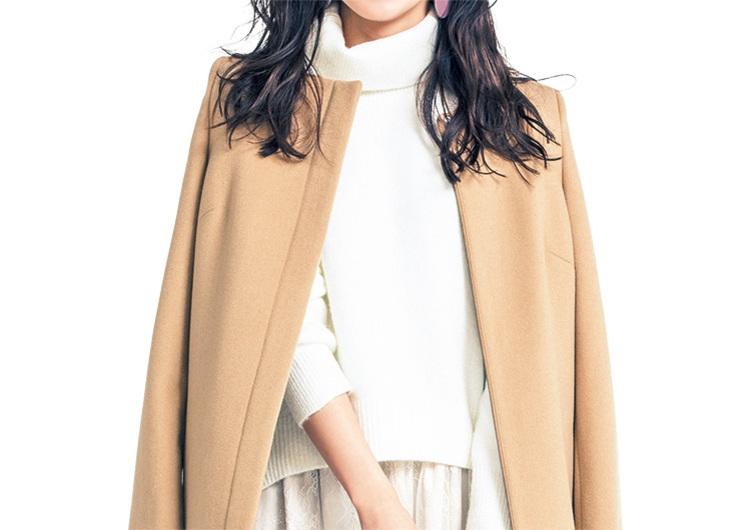 ベージュのコートは上品で美人に見える♡白の異素材アイテムで作る大人可愛いコーデ
