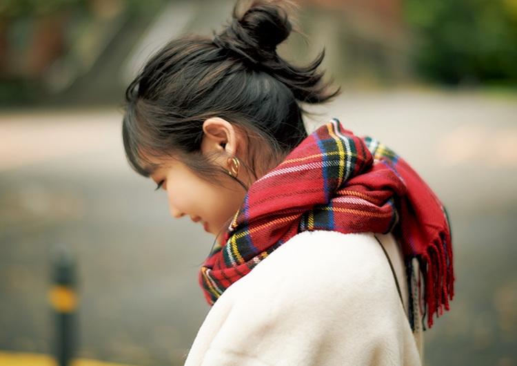 コーデから考える冬のヘアスタイルまとめ♡毛先を散らして簡単おだんごヘアアレンジ術