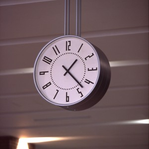 detailed look 012d2 b2b73 札幌駅 構内時計』が買える! スイスに負けない美デザイン鉄道 ...