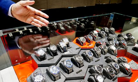 もちろん、提案された時計以外にも店頭にある時計は試着可能だ。「気になるモデルがあったら、いろいろと試着されることをお勧めしています」。ここまでくると、他のブランドも見たいかも……。