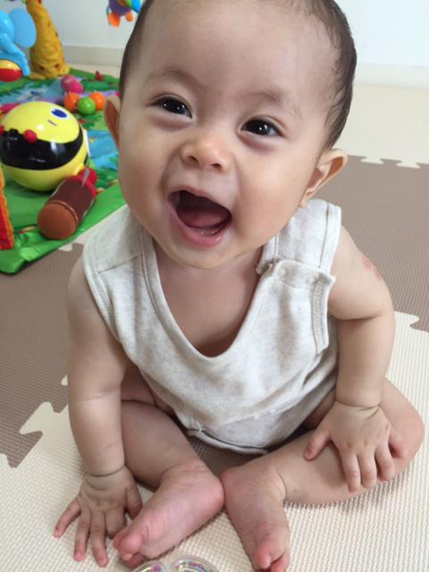 写真投稿:「息子の英翔0歳7ヶ月です」(実里・29歳)
