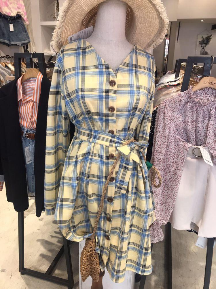 韓国リアルファッション♡学生街の弘大では今こんなfashionが流行ってる!