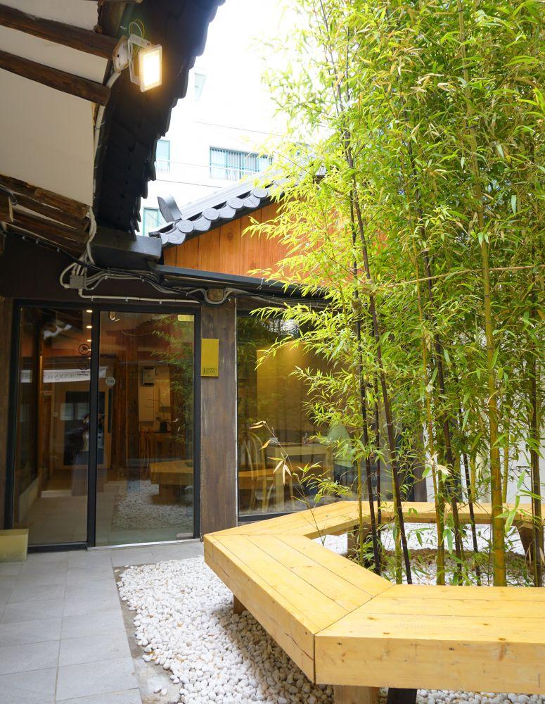 素敵な雰囲気の韓屋リノベカフェ!東大門にあるJ.HIDDEN HOUSE♡