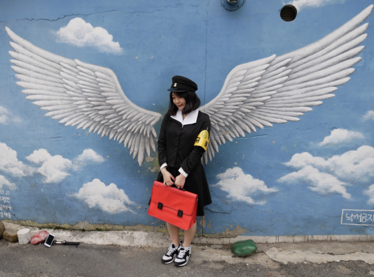梨花壁画村で韓国の昔の制服をレンタルできる◎「ジョリー商店」♡