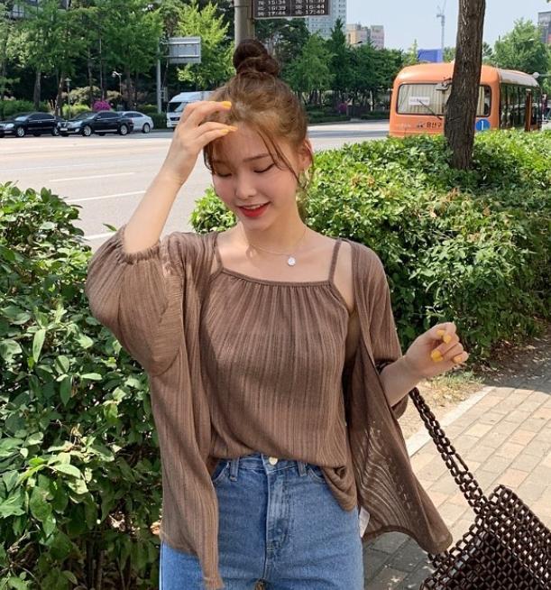 韓国女子たちはどこで服を買う?♡おしゃれな韓国人に聞いたリアルな最新ショッピング方法 3選 をご紹介♪