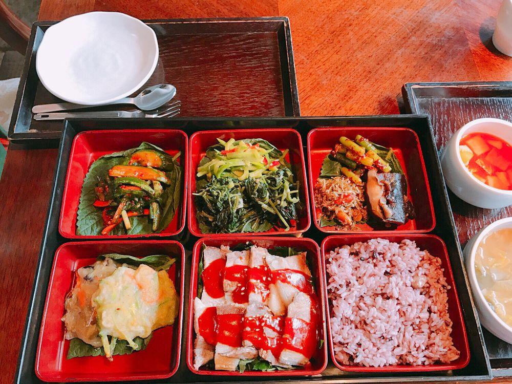 仁寺洞(インサドン)でお手軽韓定食ランチが食べらえる!nuRi(ヌリ)