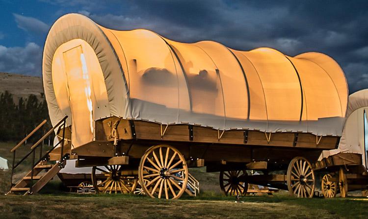 アメリカ トレーラーハウス 生活 幌馬車